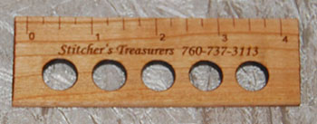 "4"" Thread Organizing Ruler"